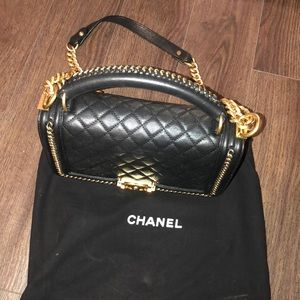 Chanel handle black and gold